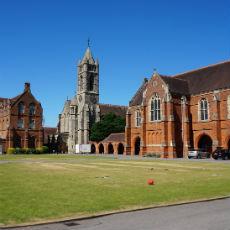 イギリス,オックスフォード,Future Leader,起業家育成,リーダーシップ,寮滞在,中学生,高校生