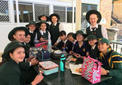オーストラリアの生徒と楽しいランチタイム