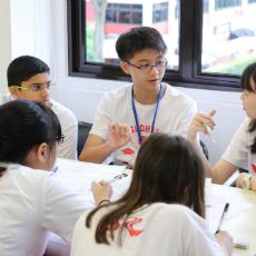 チャレンジホームステイ シンガポールで大学生とディスカッション