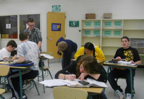 高校留学でよくある失敗例4:勉強を頑張らず、遅刻や欠席も多い